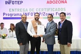380 trabajadores de ZF que concluyeron programa formativo INFOTEP